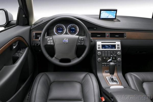 Семейный крейсер / Тест-драйв Volvo V70 2.4 D5