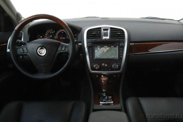 Король хайвея / Тест-драйв Cadillac SRX4