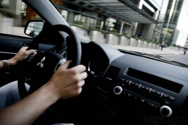 О красоте и силе / Тест-драйв Mitsubishi Lancer и Honda Civic