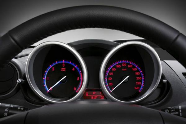 Что, новый хозяин, надо? / Тест-Драйв Mazda 3 New