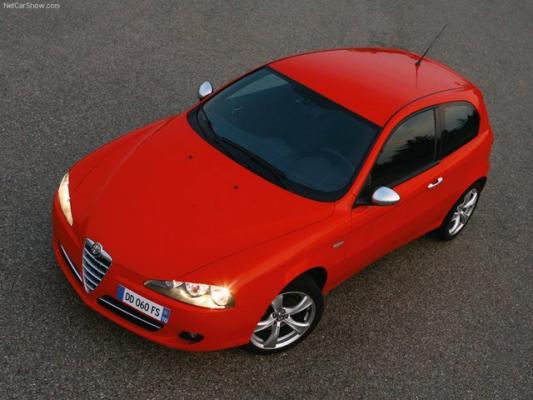 В красной зоне / Тест-драйв Alfa Romeo 147