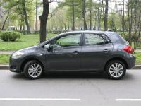 Toyota Auris: молодой, авторитетный, невыдающийся…