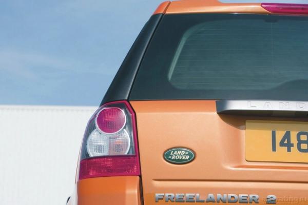 Лось и трепетная лань / Тест-драйв Honda CR-V и Land Rover Freelander 2
