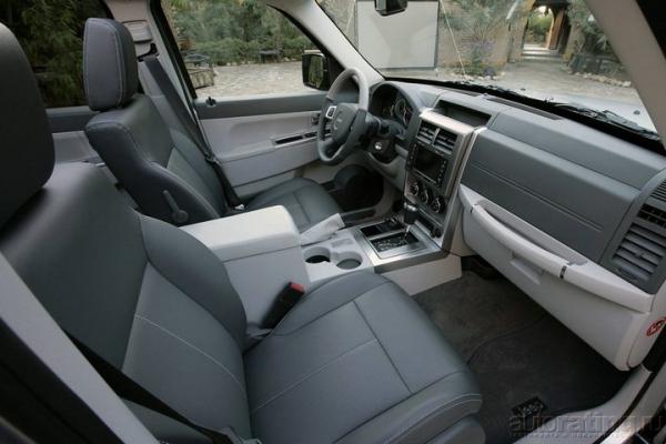 Иноходец / Тест-драйв Jeep Cherokee