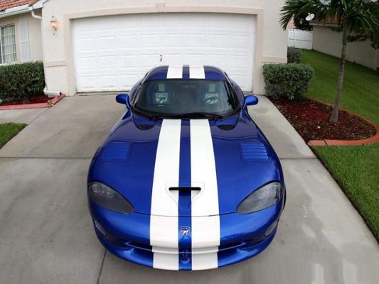 Зеленый змий / Тест-драйв Dodge Viper
