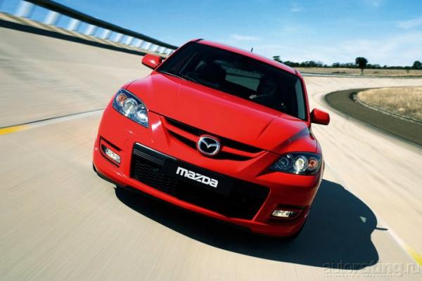 Нагретые докрасна / Тест-драйв Honda Civic Type R, Mazda 3 MPS
