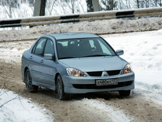 Mitsubishi Lancer: 70000 км