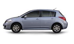 Nissan-Tii-2010