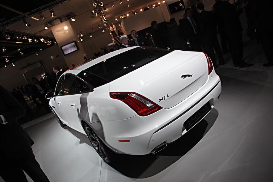 Jaguar на автосалоне во Франкфурту 2011