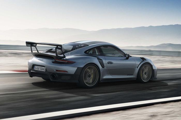 Детали  о Порш  911 GT2 RS— монарх  заднемоторных