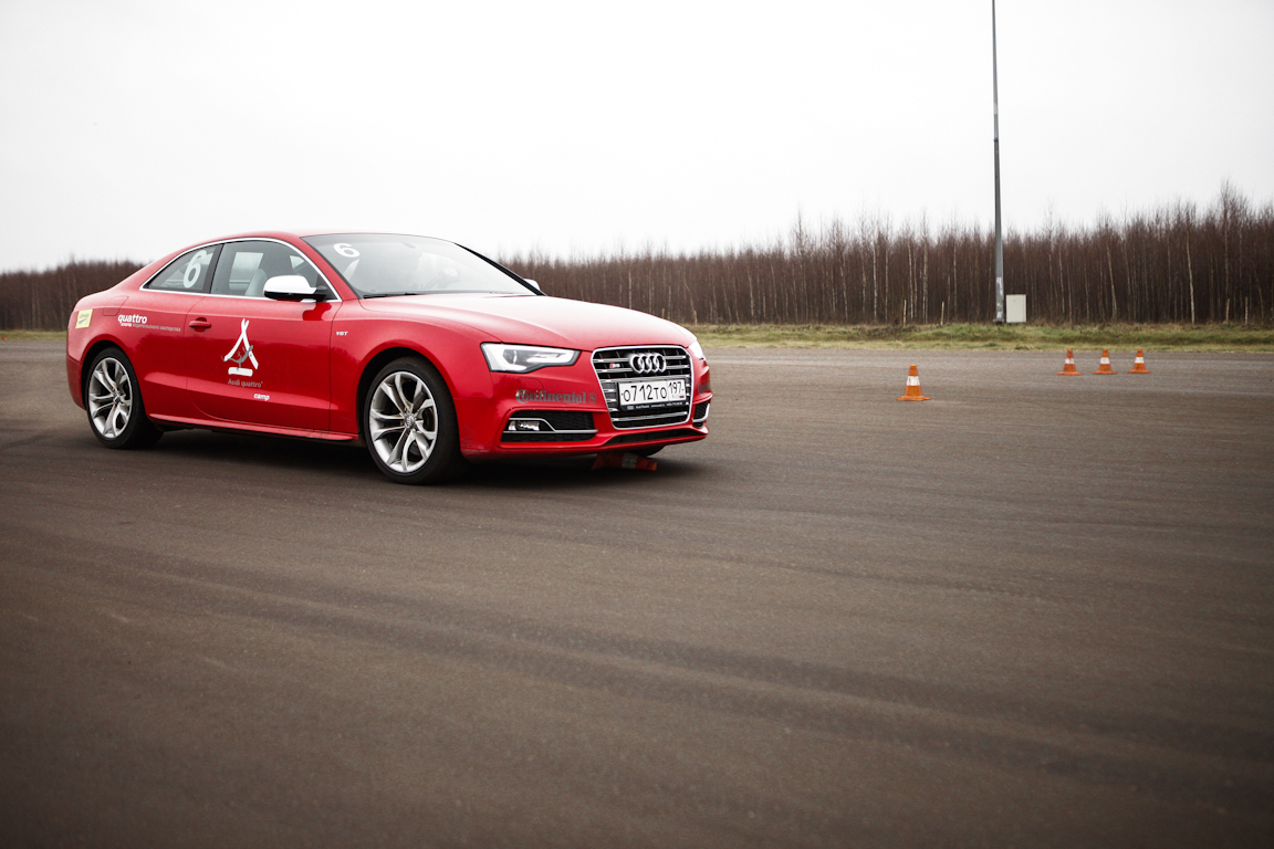 Audi_Accident_Prevention_Training_in_Yakhroma_01.jpg