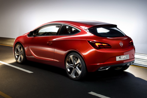 Opel_GTC_Paris_1.jpg