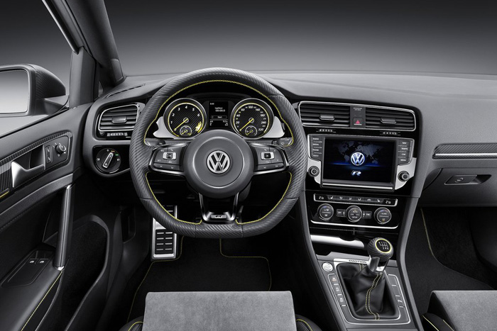 Volkswagen Golf R400