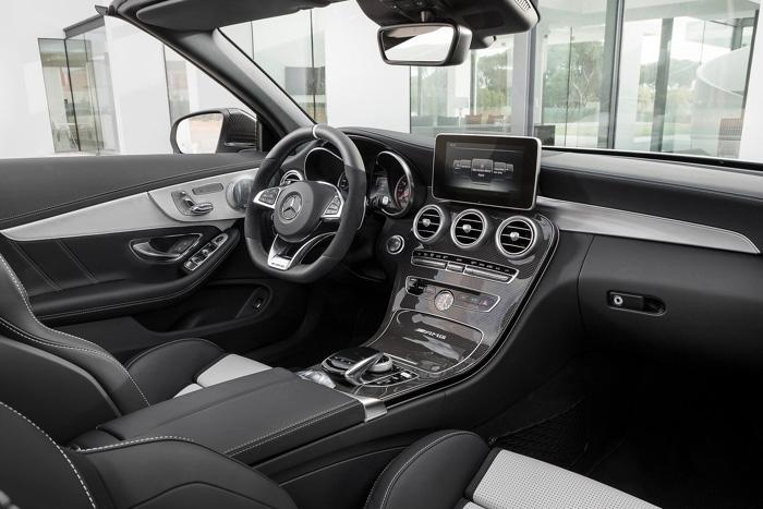 Mercedes-Benz C63 AMG Cabriolet