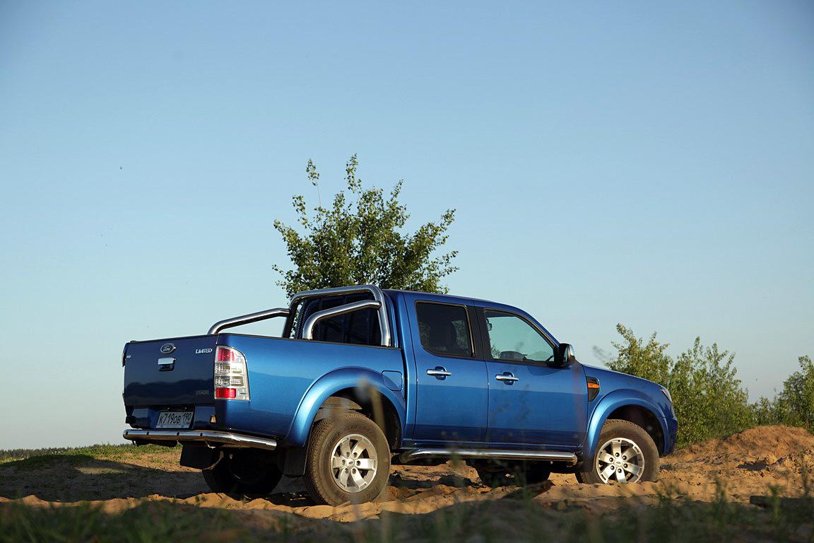 Ford Ranger: Оружие рейджера - автомат!