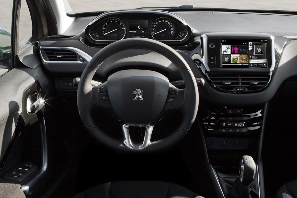 Peugeot-208_2013_1600x1200_wallpaper_3d.jpg