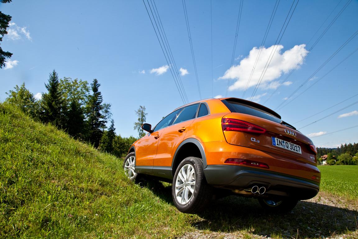 Audi-Q3-AutoRating-Ru_39.jpg