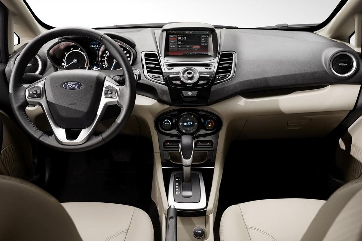 Ford Fiesta Sedan 2015