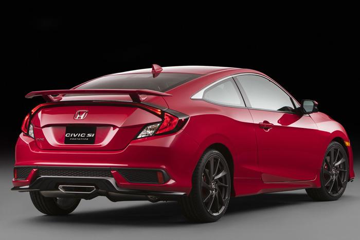 Хонда показала самую сильную версию спортивного купе Civic Si
