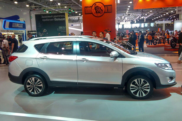 Dongfeng AX3