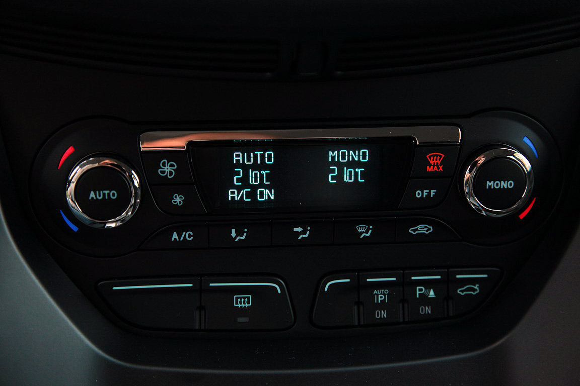 Ford Grand C-Max: третейский судья