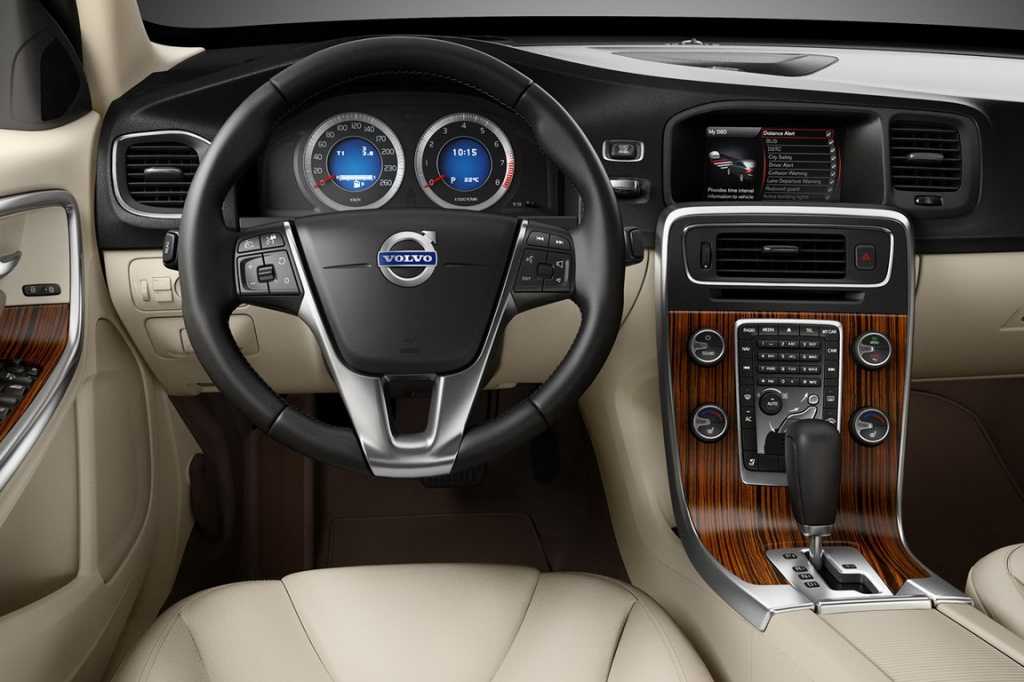 Volvo_S60_11_resize.jpg