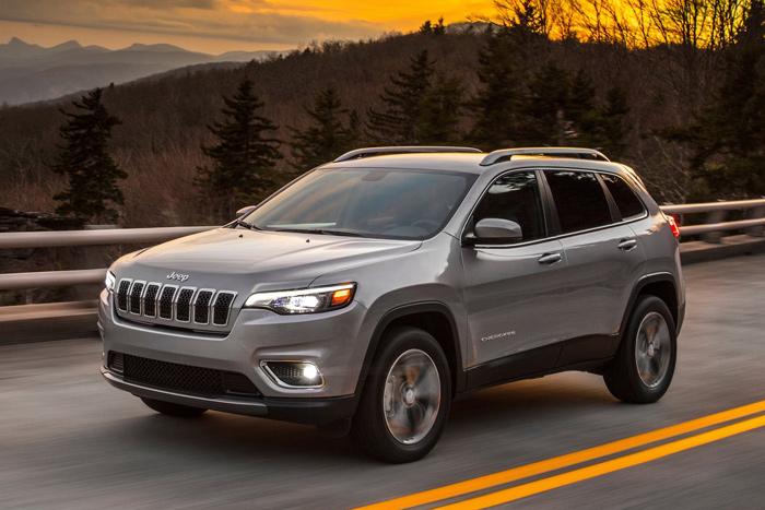 Компания Jeep анонсировала выпуск новой модели Cherokee