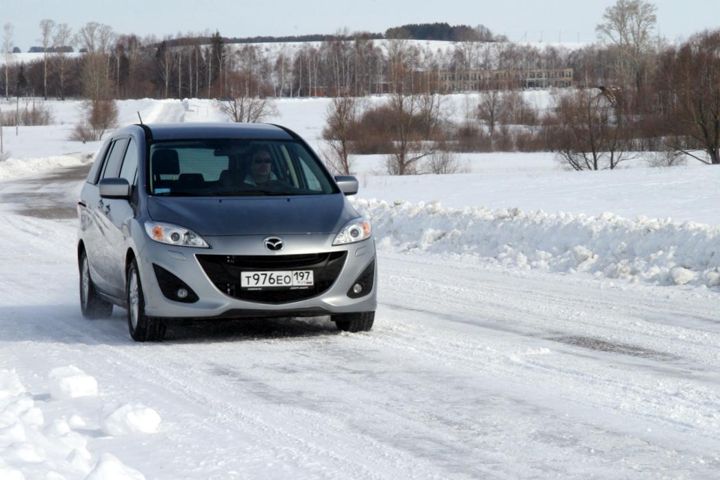 Mazda5-2011-autorating-ru_13.jpg