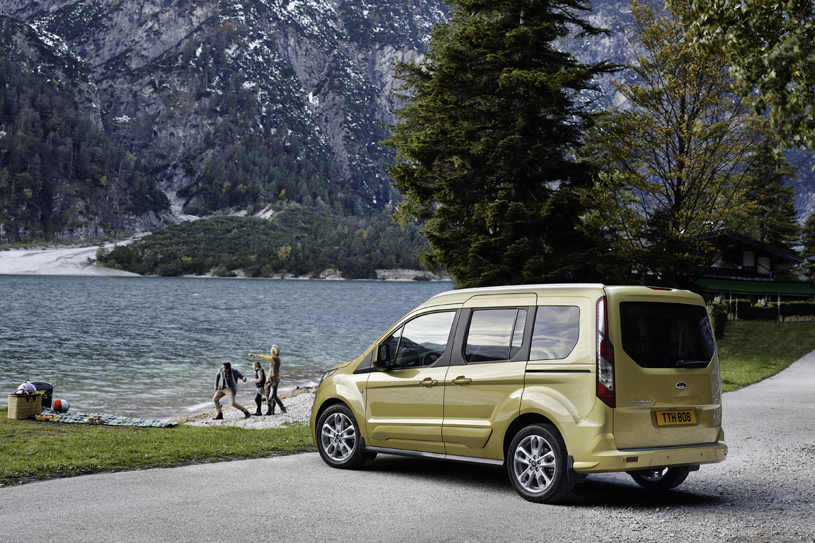 Ford Tourneo Connect (2013)