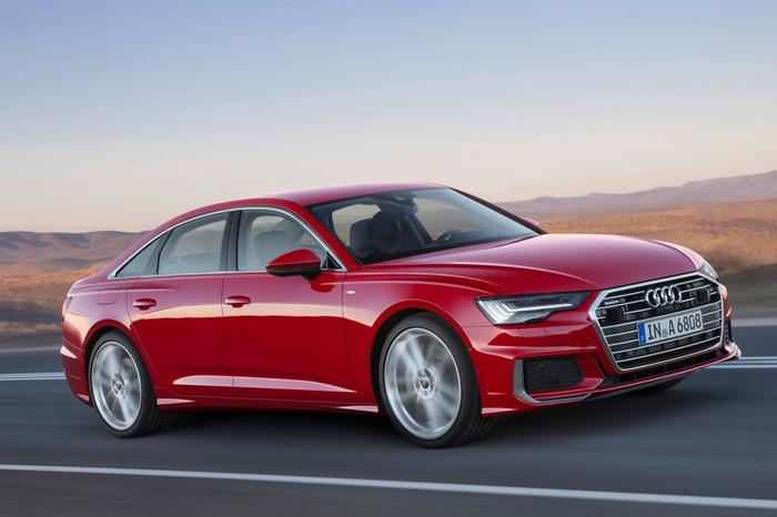 Audi представила новую модель седана A6 class=