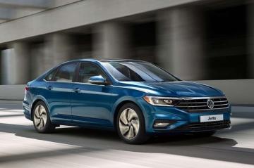 Volkswagen объявил цены на новый седан Jetta