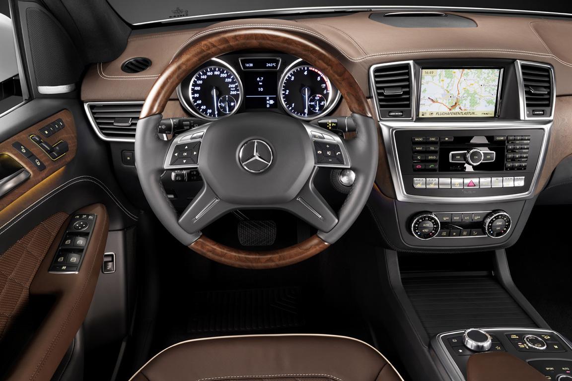 Mersedes-Benz-M-class_2011_15.jpg