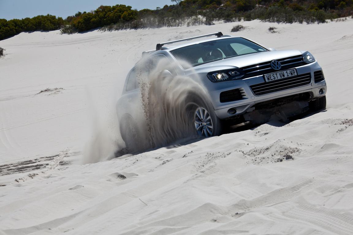 Volkswagen-Touareg-Africa-8-11-2011_01.jpg