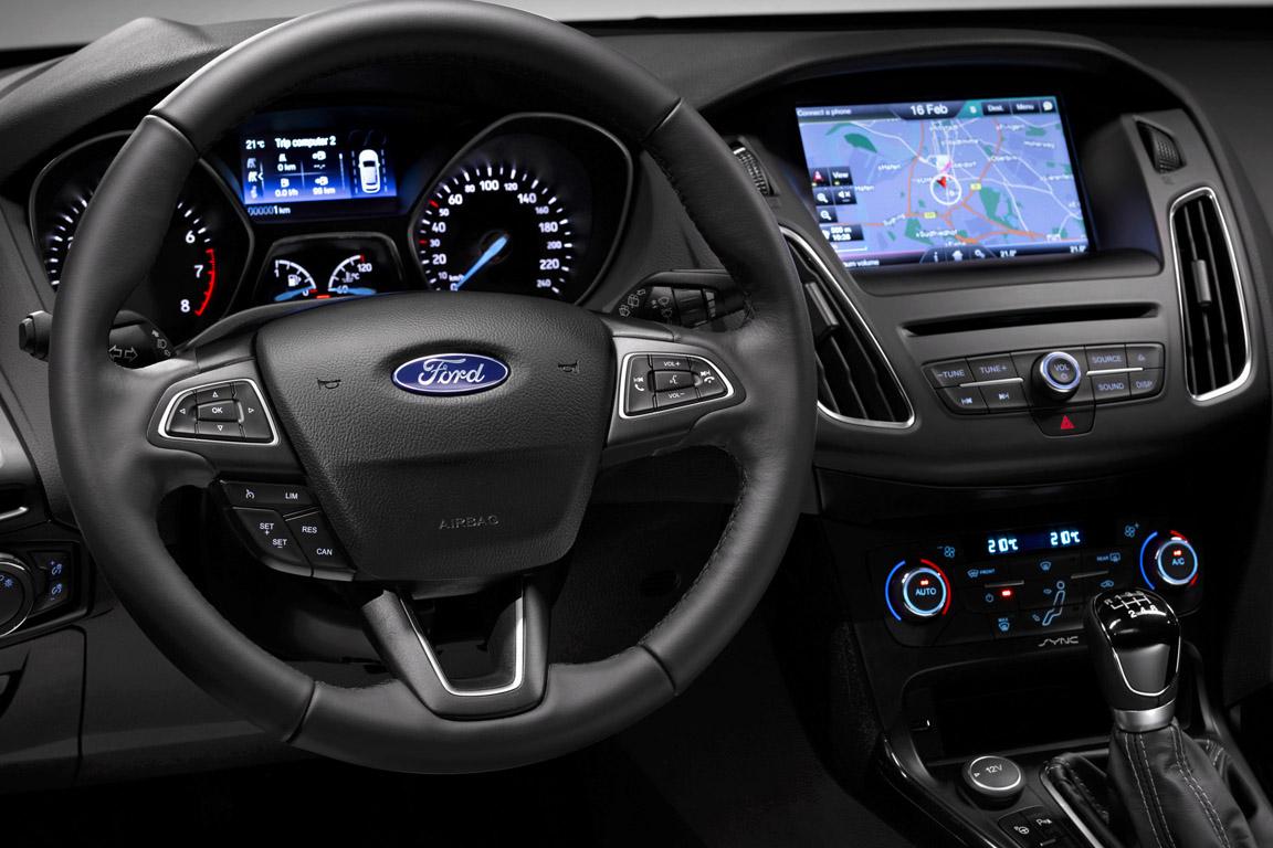 Ford Focus Sedan (2015)
