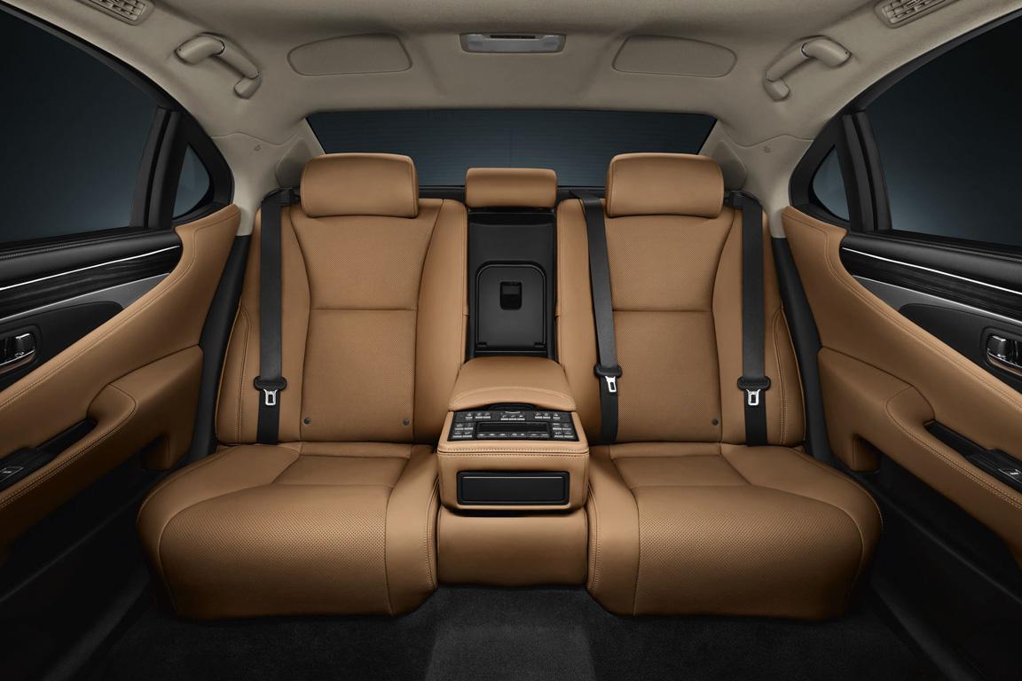 Lexus LS: Философия комфорта