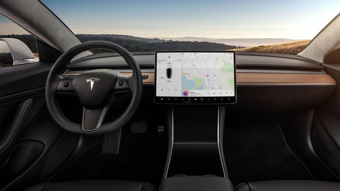 Tesla Modes 3 Интерьер