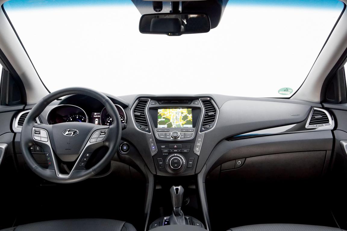 Hyundai Grand Santa Fe