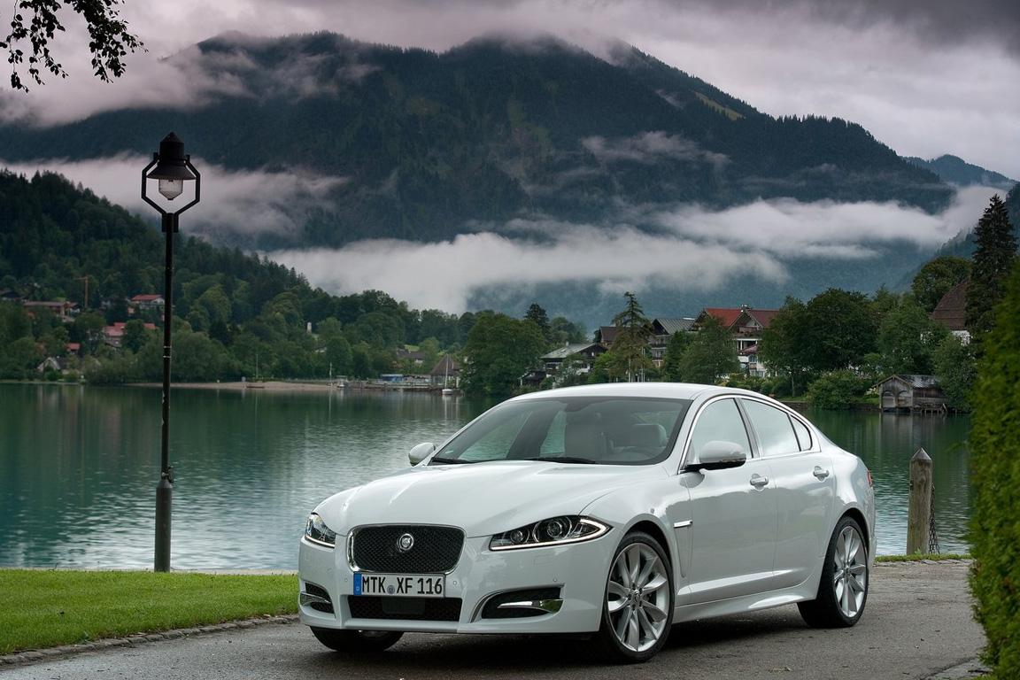 Jaguar-XF_2012_1280x960_wallpaper_0e.jpg