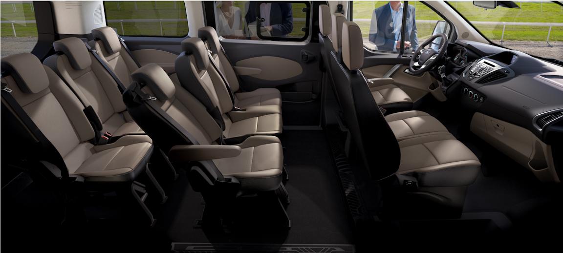Ford Transit Custom: Автобус с легковым лицом