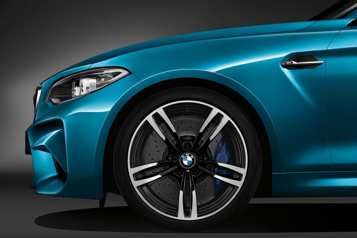 BMW M2  2015