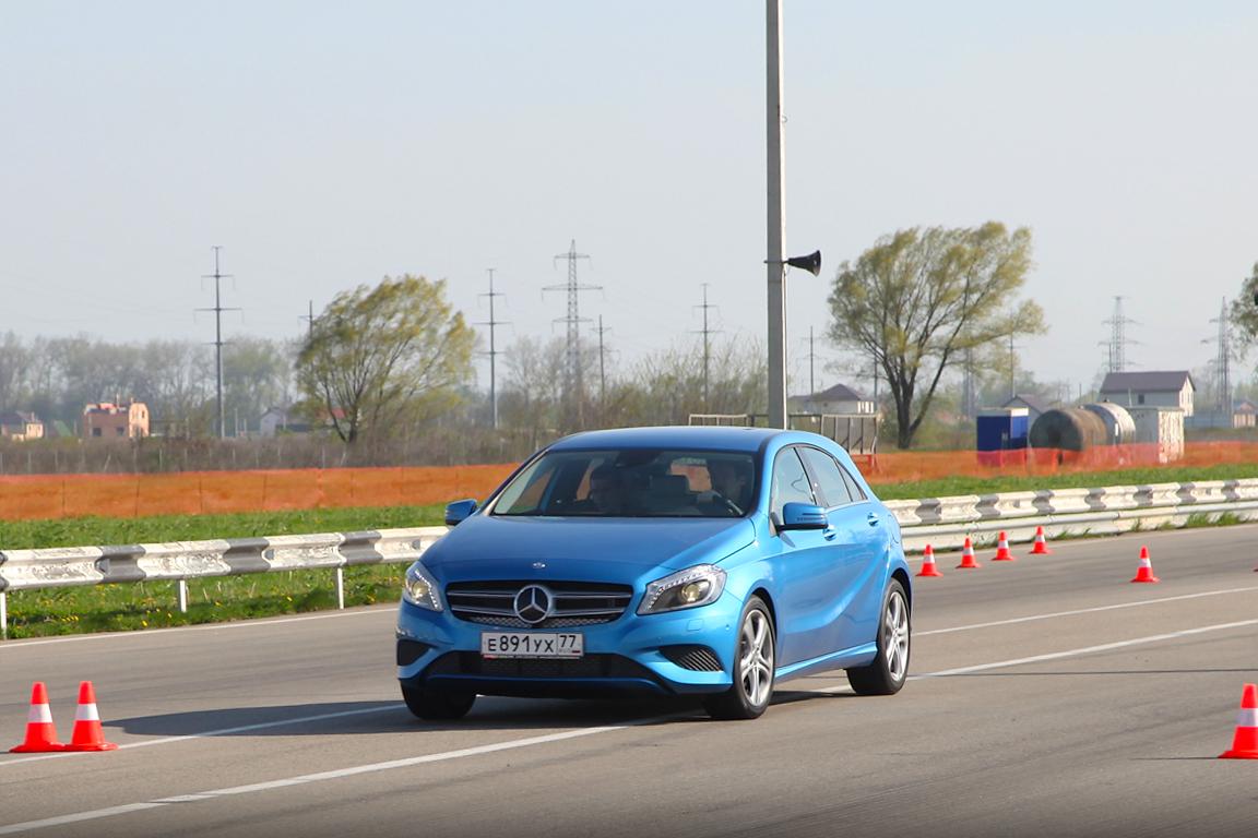 Mercedes-Benz CLA: Поколение Y