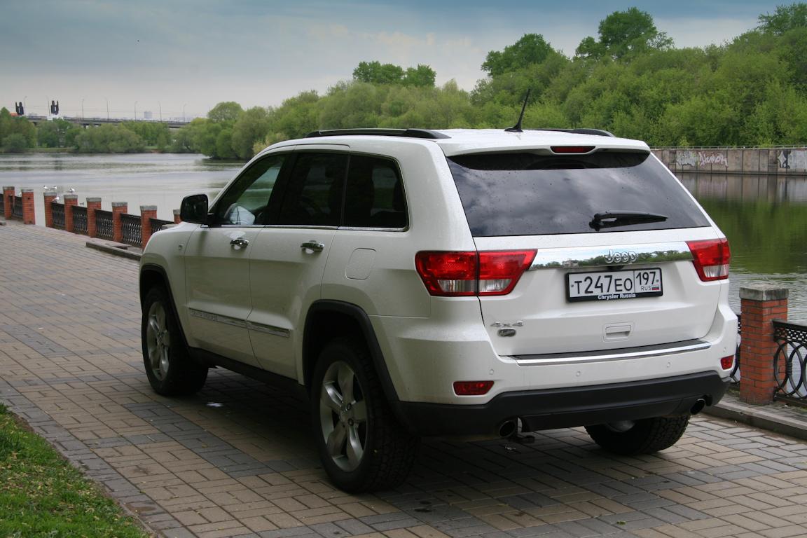 Jeep-Grand-Cherokee_04.jpg