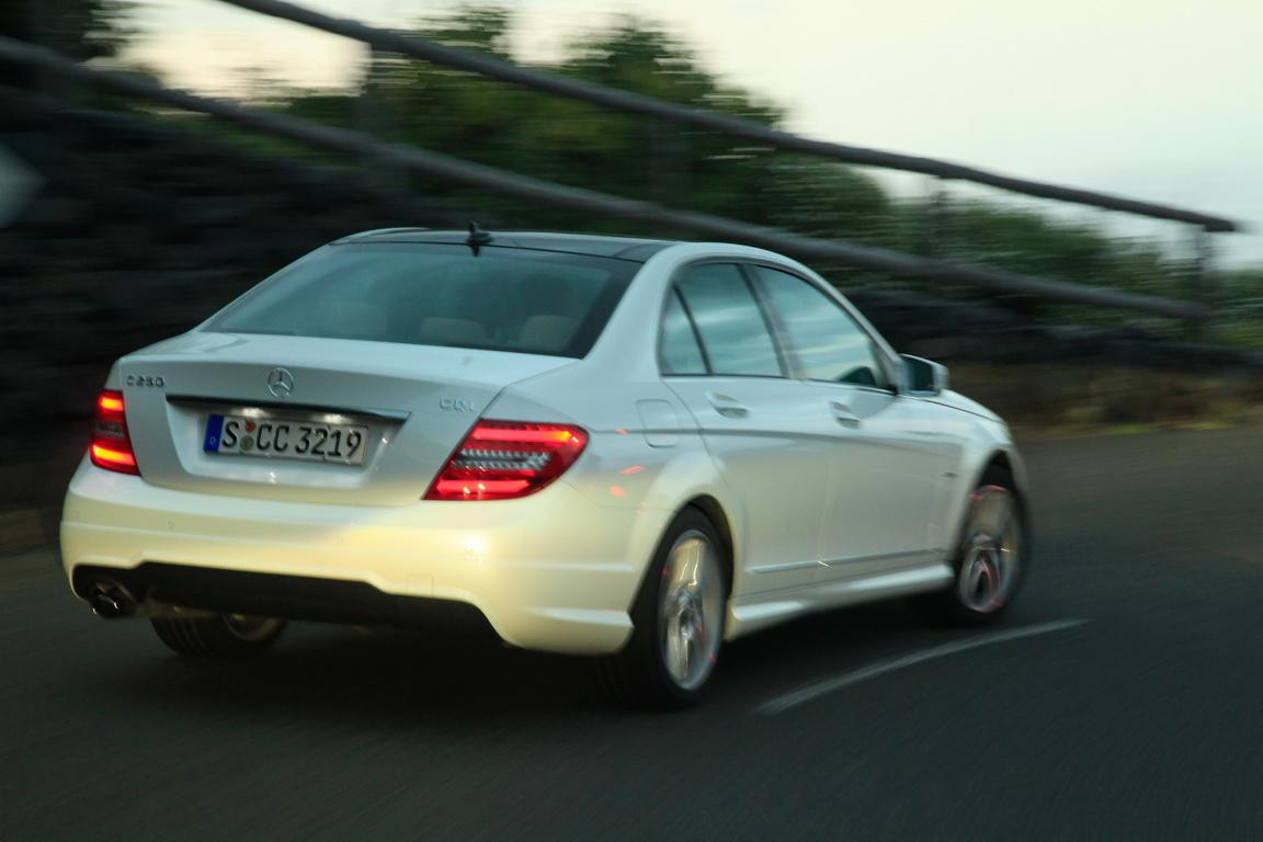 A_Mercedes-BenzC-Class_05.jpg