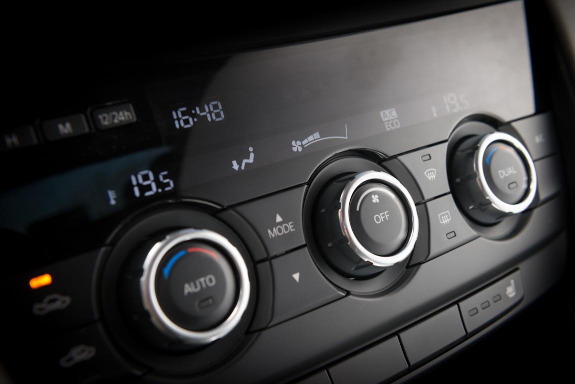 Mazda6_Tyumen_interior_006.jpg