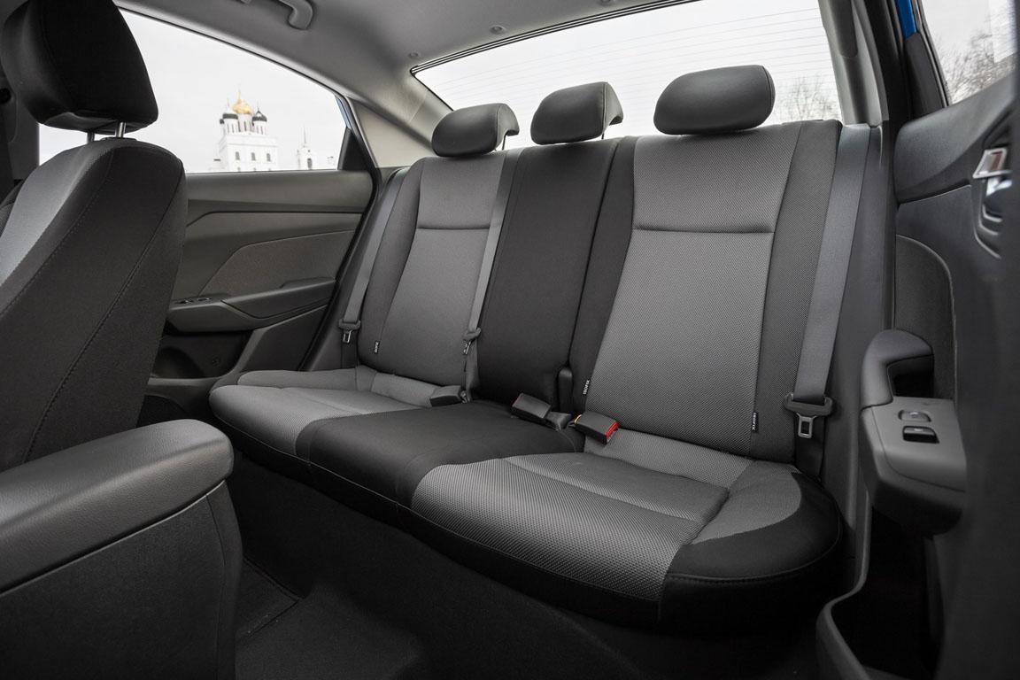 Hyundai Solaris Задний ряд сидений