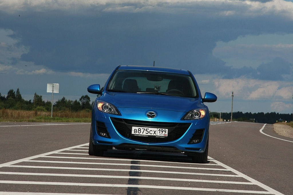 Жаркая Mazda3